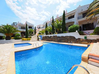 Photo for 2 bedroom Villa, sleeps 4 in Roses with Pool, Air Con and WiFi