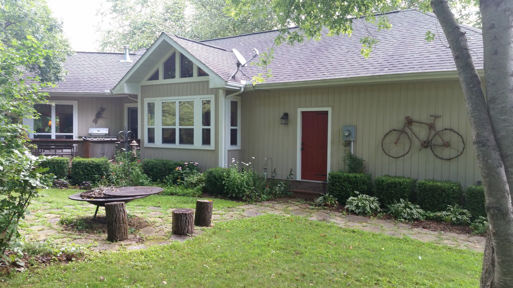 0n the white river near mountian home arkan homeaway for White river cabin rentals arkansas