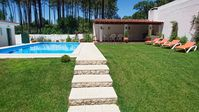 Great villa in great location for exploring Lisbon and local areas