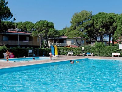 Photo for Holiday House - 5 people, 30m² living space, 1 bedroom, air conditioner, TV, Swimming-Pool