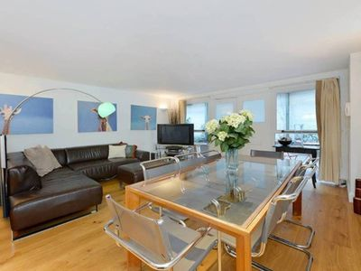 Photo for Large 2 bed townhouse in Chelsea SW10