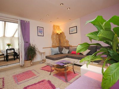 Photo for Spacious modern apartment in centre of Vis