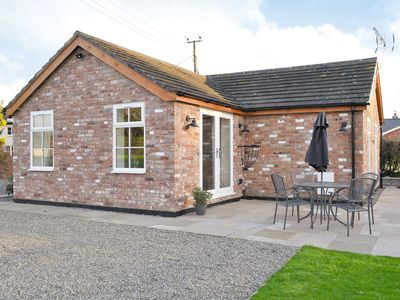 Photo for 2 bedroom property in Nantwich. Pet friendly.