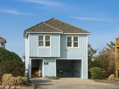 Photo for Beachy Keen: Golf community, 3 bedrooms, great community amenities with an oceanfront pool.