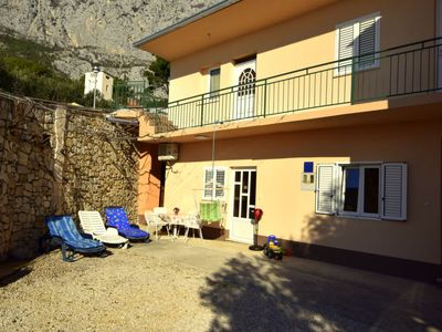 Photo for Vacation home Mario in Makarska - 4 persons, 2 bedrooms
