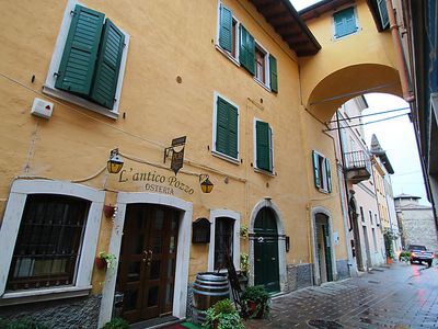 Photo for Pulciano Apartment, Sleeps 6 with Free WiFi