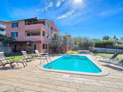 Photo for Apartment ALDO  in Pula/Banjole, Istria - 6 persons, 2 bedrooms