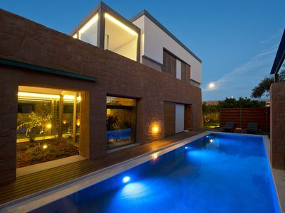Photo for Exclusive 6 bedroom villa in unique location with heated pools
