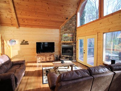 Photo for Summer Breeze, Newly renovated 3 Brm, Sleeps 8, FP, Pool Table, Hot Tub, WIFI