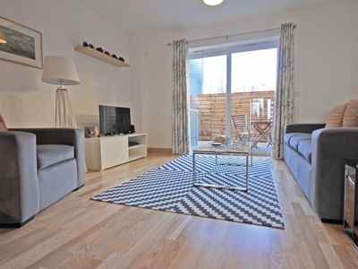 Photo for 2 double beds duplex house with parking 10 mins to train station