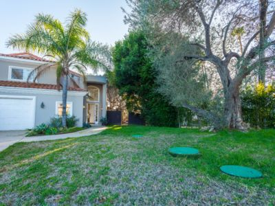 Photo for Amazing 6 bedrooms 2 Min to PCH and the beach!