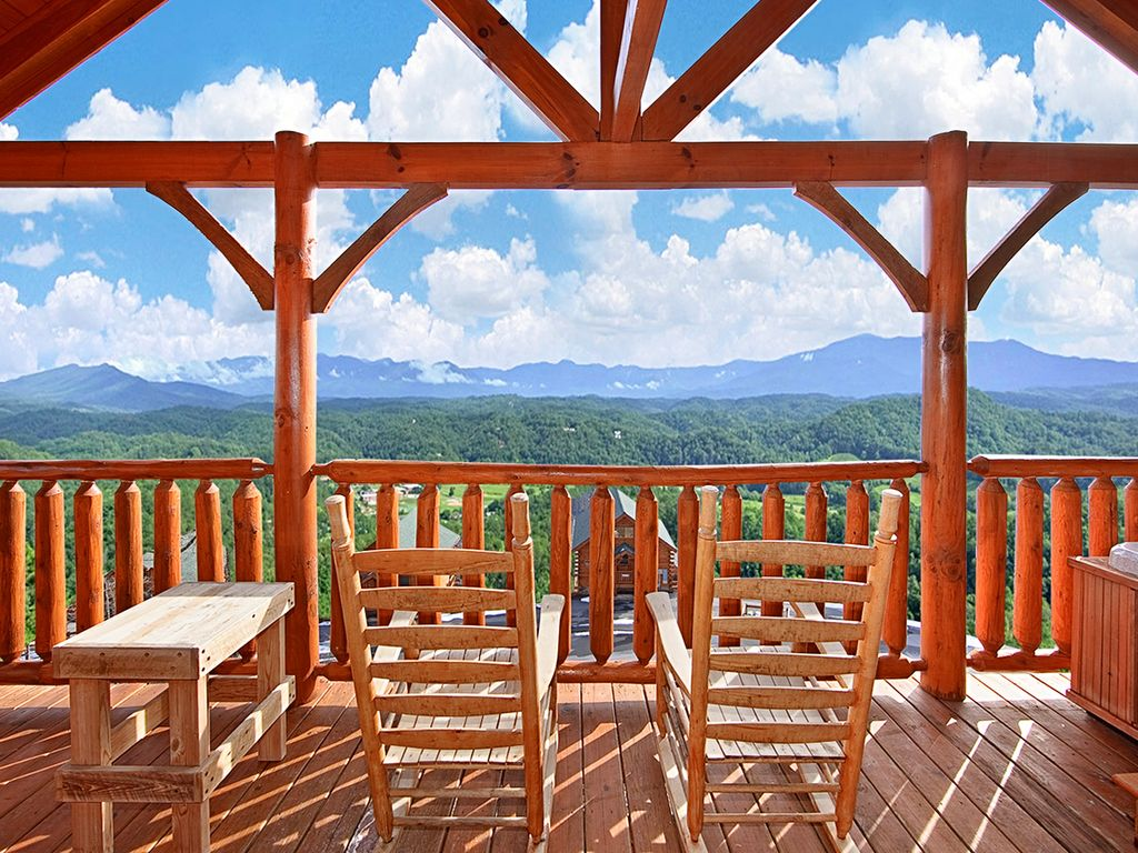 Enjoy A Beautiful Sunrise Over Amazing Views Of The Smoky Mountains.  Sevierville Cabin Rental