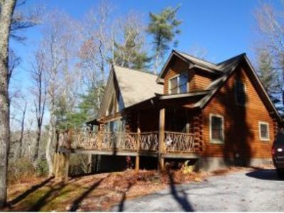 Photo for Peaceful, Relaxing Mountain Getaway. Mountain View, Close to 4 star dinning