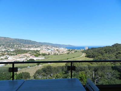 Photo for - 20% SEA VIEW. Swimming pool in residence. QUIET AND WOOD AREA .3 ROOMS