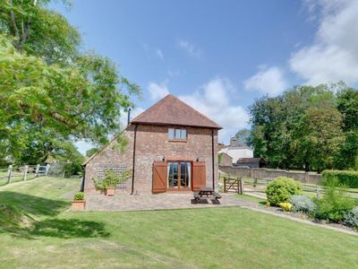 Photo for Magnificent, detached barn conversion in peaceful location