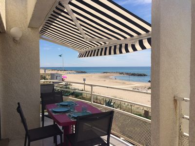 """Photo for """"PARADIS SUR MER"""" T3 seafront direct access beach"""
