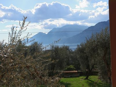 Photo for 2-room apartment overlooking Lake Garda