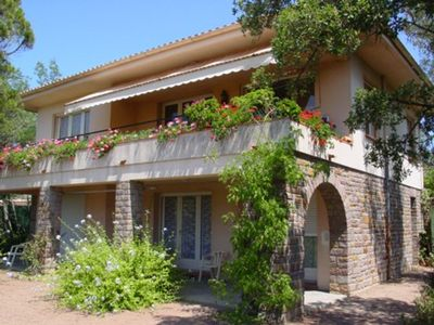 Photo for Villa in St-Raphaël Agay 4-15 persons sea, beautiful view of the bay!