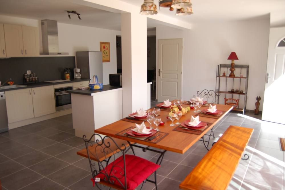 'New' Air conditioned apartment in RDJ of Villa in the municipality of Tavaco