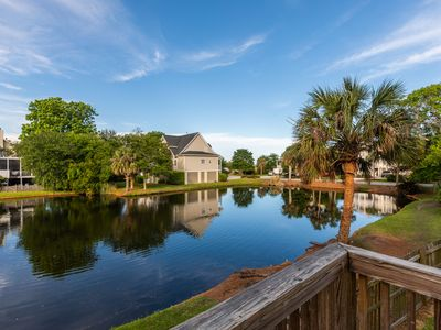 Comfortable Home Close To Everything For Families, Bridal Parties, Vacationers