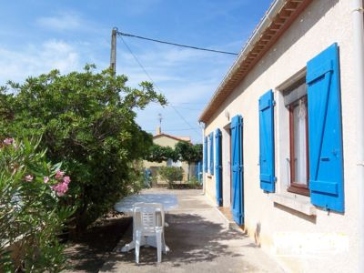 Photo for VILLA 4FACES, 2 ** ALL COMFORT 6PERS, 100 M FROM THE BEACH, 3AUTOS ON CLOSED GROUNDS