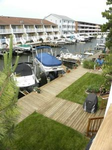 Photo for Stylish And Roomy Townhouse Bayside On Canal!