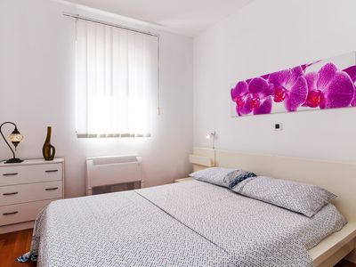 Photo for Apartment Ivana (23541-A1) - Zadar