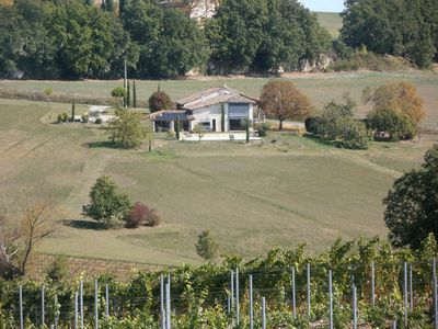 Photo for Renovated house, quiet, with swimming pool and spa, in the heart of the Gaillac vineyards