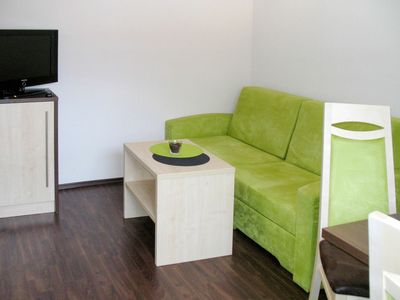 Photo for Cosy apartment for 3 guests with WIFI, TV, pets allowed and parking