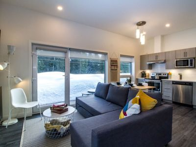 Photo for Reved Up and Out: beautifully outfitted cozy condo with private hot tub