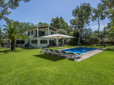 Photo for Modern 4 bedroom villa with private swimming pool, a short walk from historic Pollensa Old Town.
