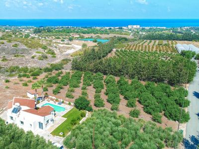 Photo for Villa Anthoullis -  a single storey villa that sleeps 6 guests  in 3 bedrooms