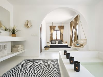 Photo for Le Blanc Suite Santorini  Luxury and Family Friendly