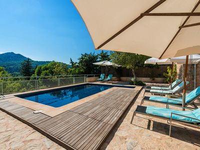 Photo for In a peaceful location with pool - Villa Coster