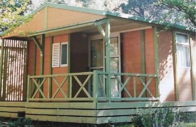 Photo for Fully equipped chalet, sleeps 4/5 300 m from the sea