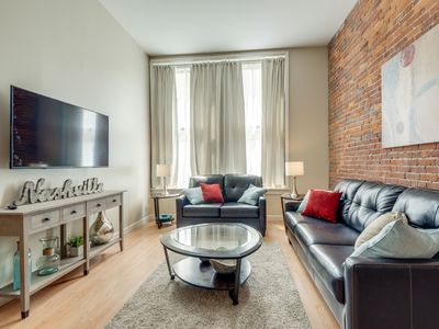 Photo for Newly updated 1BR Condo in the Heart of Nashville - close to all the action.