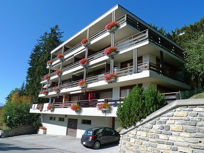 Photo for Apartment in the center of Randogne with Lift, Parking, Internet, Washing machine (46249)