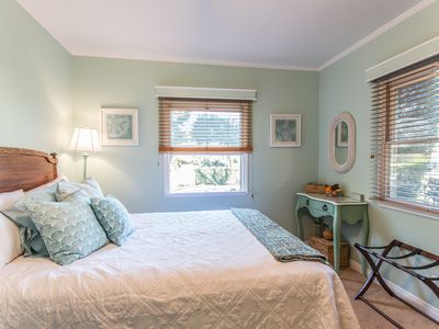 Photo for Delightful Private Sunlit Guest Suite w/ Pool in Charming LA Neighborhood