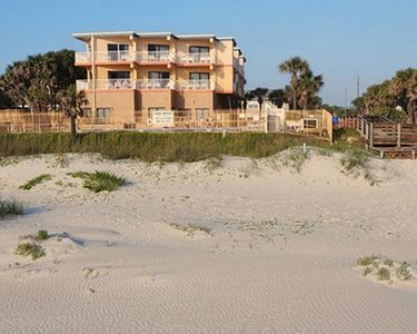Photo for New Year's Eve on the beach! 3 bdrm for 8 Sunisands At New Smyrna Waves Resort
