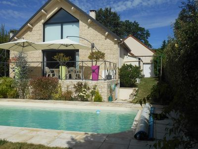 Photo for HAVRE OF PEACE - HOUSE WITH PRIVATE SWIMMING POOL - 15kms FROM PARIS AND VERSAILLES