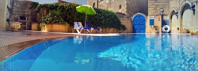 Swimming pool at Ta Mananni