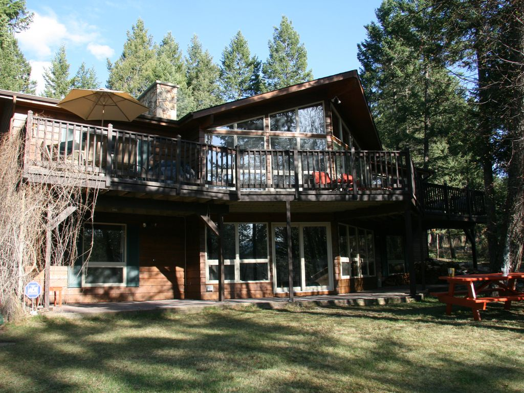 hot wyoming listing travel hotel springs cabins yellowstone park national mammoth