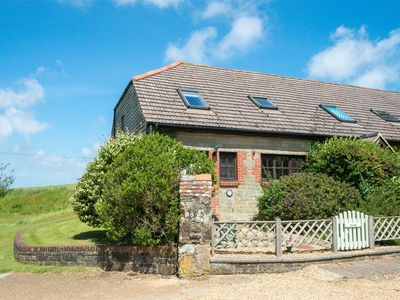 Photo for 2 bedroom Cottage in Godshill - IC072
