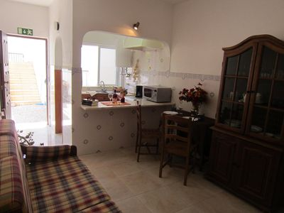 Photo for Family atmosphere - pool - barbecue - 250 m to the beach - like children