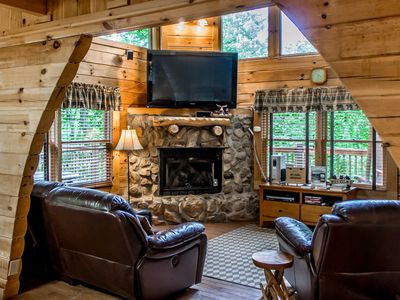 Photo for Charming cabin with hot tub, wrap-around deck, 2 grills, and free passes to local attractions