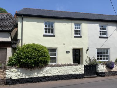 Photo for Beautiful 5 star rated renovated cottage in delightful South Devon village