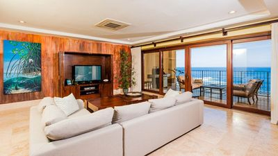 Photo for Top Of The World! The Only Oceanfront 4 Bedroom Penthouse On Playa Langosta.