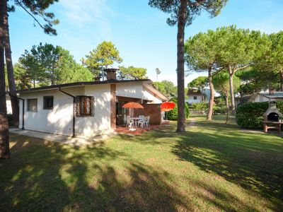 Photo for Vacation home Villaggio Giove (LIG640) in Lignano Pineta - 6 persons, 2 bedrooms