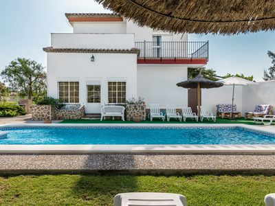 Photo for Spacious villa with garden and pool - Villa Sol