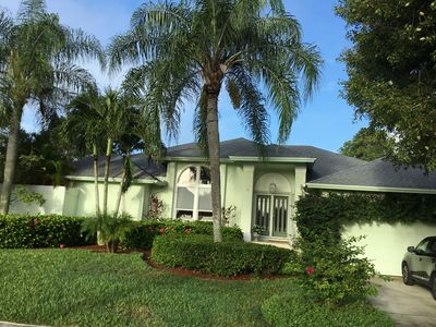 Photo for 600 Nassau Rd. - Spacious 3 bed home, Private setting on the golf course!!!
